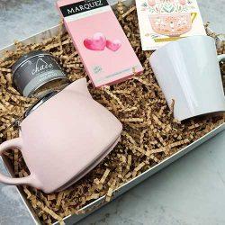 Çay Demlikli Anneye Hediye Kutusu
